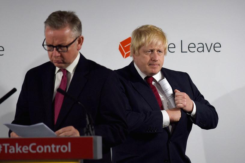 Michael Gove (z lewej) i Boris Johnson /AFP
