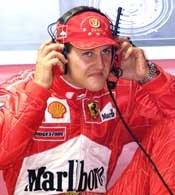 Michael Schumacher od mocnego uderzenia zaczął weekend na Monza
