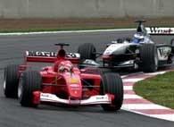 Michael Schumacher zmierza po trzecie zwycięstwo w sezonie