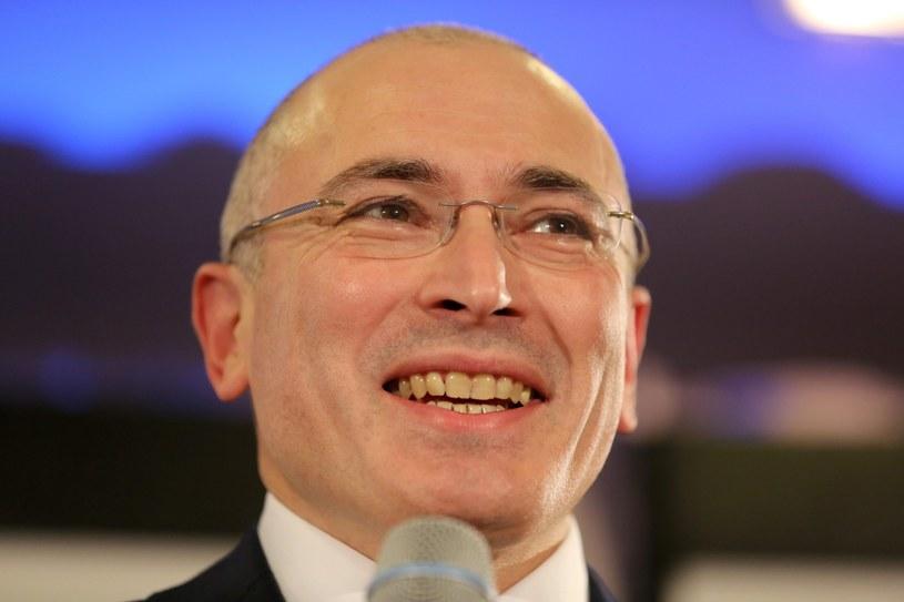 Michaił Chodorkowski na konferencji prasowej w Muzeum Muru Berlińskiego /PAP/EPA