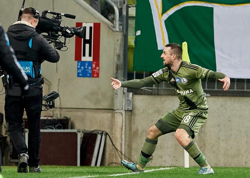 Michał Kucharczyk strzelił bramkę na wagę trzech punktów w hicie kolejki /Adam Warżawa /PAP