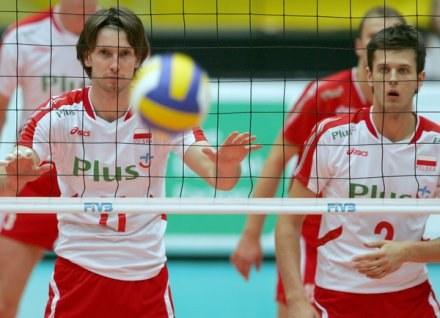 """Michał Winiarski (z prawej) wygrał już kiedyś Galę """"Siatkarskie Plusy"""" /AFP"""