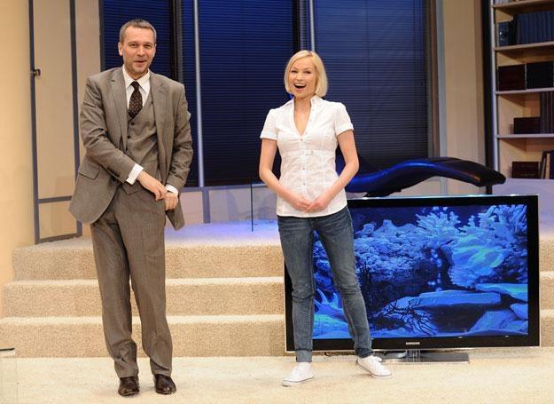 Michał Żebrowski i Weronika Książkiewicz na deskach Teatru 6. piętro fot. Andras Szilagyi /MWMedia