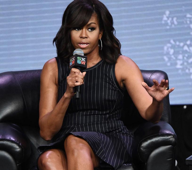 Michelle Obama - kobieta ubrana zawsze idealnie do okazji /East News