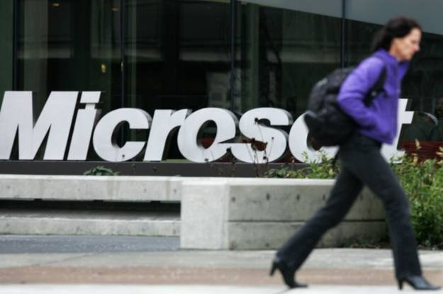 Microsoft - jako potentat elektroniki - siłą rzeczy wywołuje wiele emocji /AFP