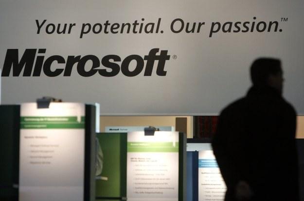 Microsoft, po serii porażek, próbuje zmienić swój image na płaszczyźnie bezpieczeństwa /AFP