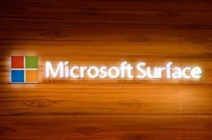 Microsoft Surface Phone ze Snapdragonem 830 i 8 GB RAM-u