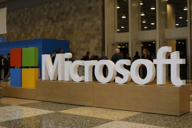 Microsoft wciąż nie zaprezentował flagowego smartfona /AFP