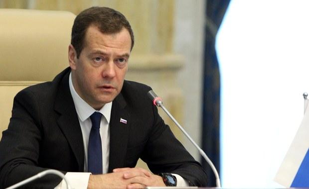 Miedwiediew: Rosja może zerwać stosunki dyplomatyczne z Ukrainą