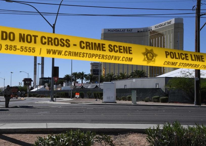 Miejsce ataku zabezpieczyła policja /MARK RALSTON /AFP