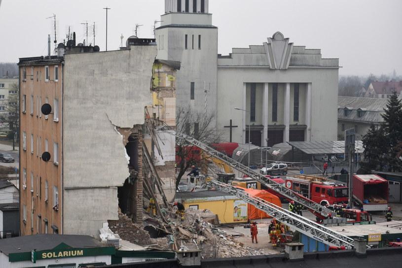 Miejsce katastrofy budowlanej /Jakub Kaczmarczyk /PAP