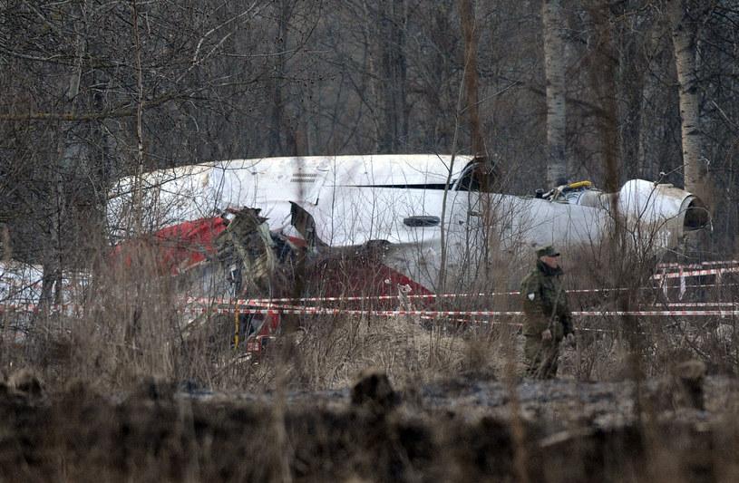 Miejsce katastrofy prezydenckiego samolotu /NATALIA KOLESNIKOVA / AFP /AFP