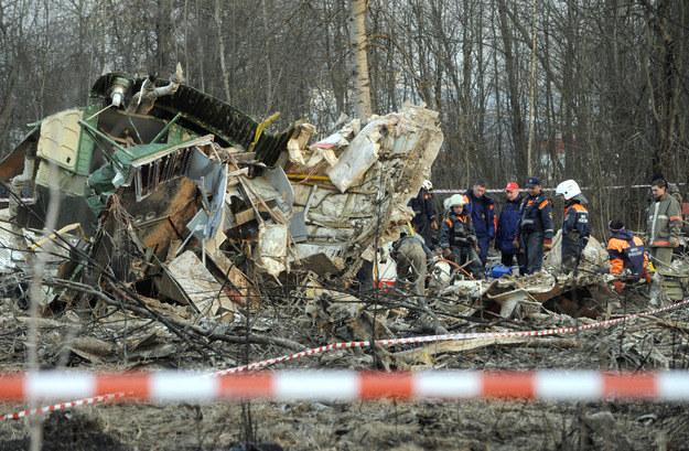 Miejsce katatsrofy prezydenckiego Tu-154 /AFP