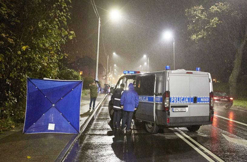 Miejsce śmiertelnego ataku nożownika w Gdańsku Lipcach na Trakcie św. Wojciech /Jan Dzban /PAP