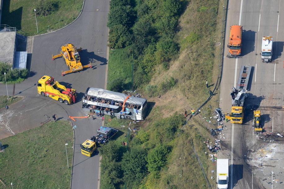 Miejsce tragicznego wypadku w okolicach Drezna /Matthias Hiekel   /PAP/EPA