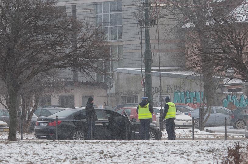 Miejsce wypadku limuzyny prezydenta w krakowie /Fot. AS  /FORUM