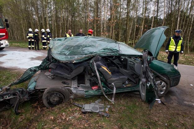Miejsce wypadku w miejscowości Klamry /Tytus Żmijewski /PAP