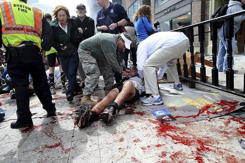 Miejsce zamachu tuż po wybuchu /AP Photo/MetroWest Daily News, Ken McGagh /East News