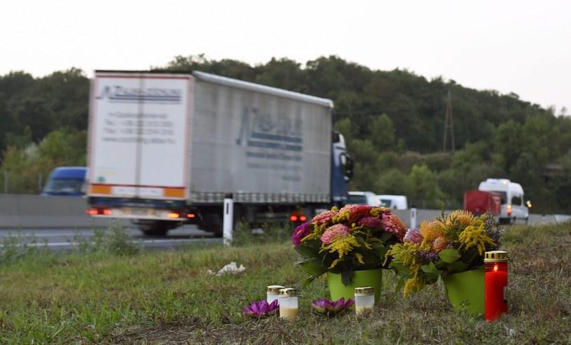 Miejsce zatrzymania pierwszej ciężarówki /PAP/EPA