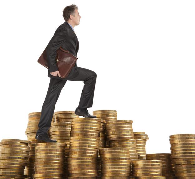 Miesięczne wynagrodzenie brutto kierownika ds. komunikacji marketingowej wynosi od 10 do 24 tys. zł /123RF/PICSEL