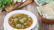 Mięsne pulpety w zupie jarzynowej