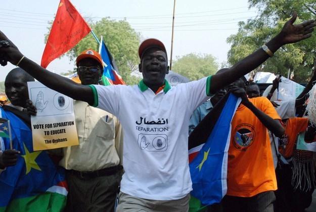 Mieszkańcy południowej części Sudanu to w większości chrześcijanie. Północ jest muzułmańska, arabska /AFP