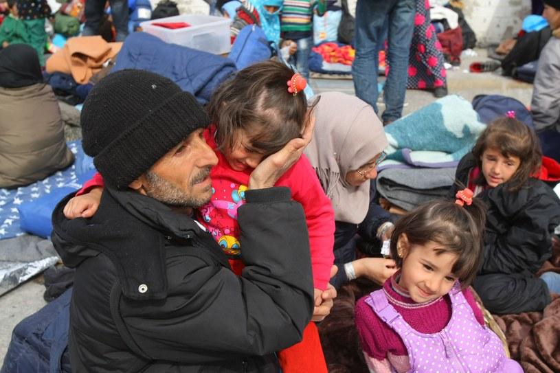 Migranci na greckiej wyspie Chios /Getty Images