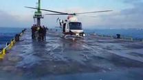 Migranci na mieliźnie uratowani przez śmigłowce
