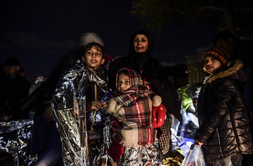 Migranci przybyli na grecką wyspę Lesbos /AFP