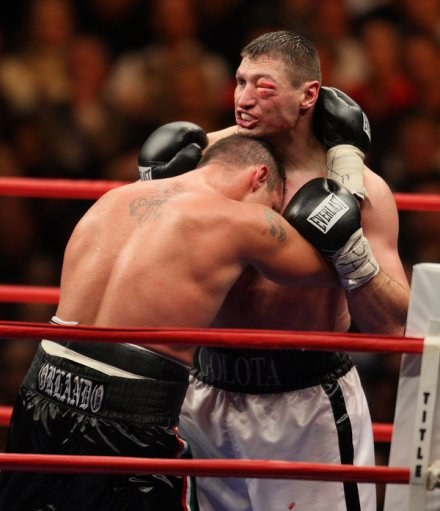 Mike Mollo przegrał z Gołotą i to właśnie jego typuje jako faworyta walki z Adamkiem /AFP