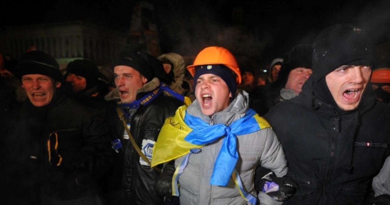 Milicja wkroczyła na Majdan Niepodległości