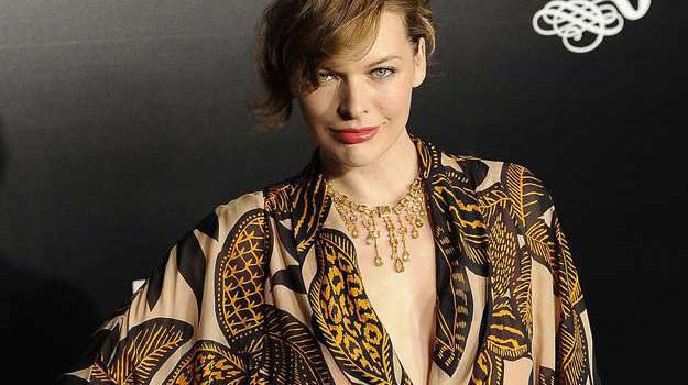 Milla Jovovich połączy świat mody i motoryzacji /AFP