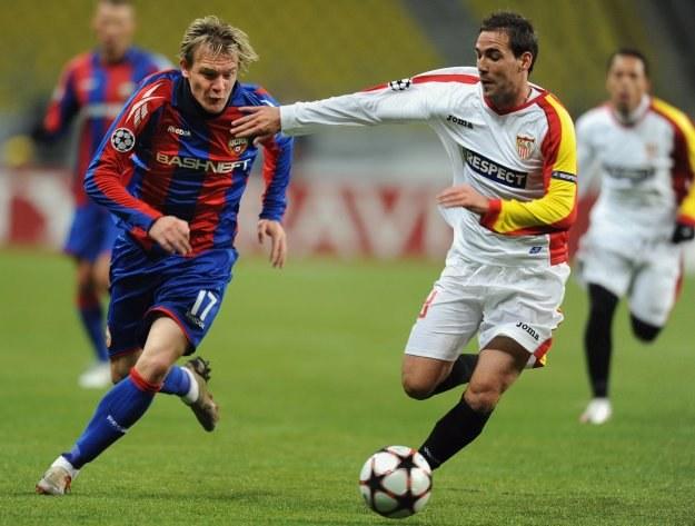 Milos Krasić (z lewej) jest rozchwytywany przez kluby Serie A /AFP