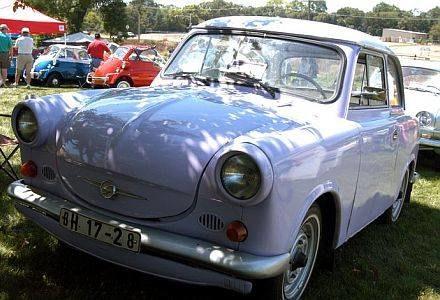 Miłośnicy trabantów przyjechali swoimi zabytkowymi samochodami na Pyrkomanię, fot. PIOTR BATOROWICZ /Agencja SE/East News