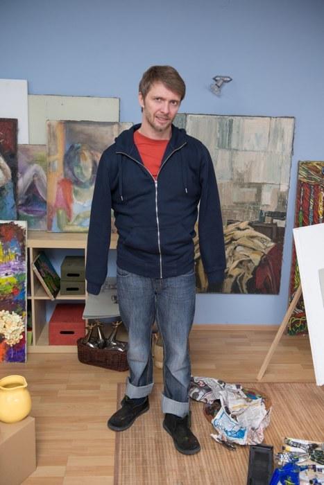 Miłosz zrealizuje film o bezrękim malarzu. /Agencja W. Impact