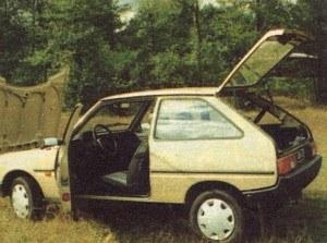 Mimo mocno niemodnego wyglądu Tavria byłaby zupełnie przyzwoitym autem, gdyby nie jakość wykonania. W tej sytuacji musi bronić się ceną. /Motor