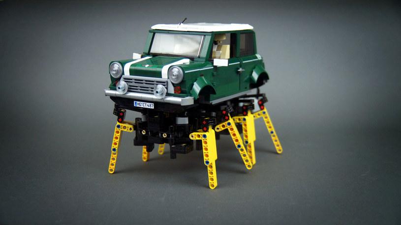 Mini Cooper na pajęczych nogach? Dla konstruktorów Lego nie ma rzeczy niemożlliwych /Paweł Kmieć /materiały prasowe