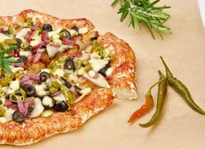 Minipizza na bułce /poboczem.pl