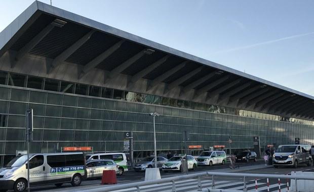 Minister Adamczyk: Trwają analizy ws. przyszłości lotniska Chopina