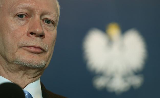 Minister administracji i Cyfryzacji Michał Boni, fot. Radek Pietruszka /PAP