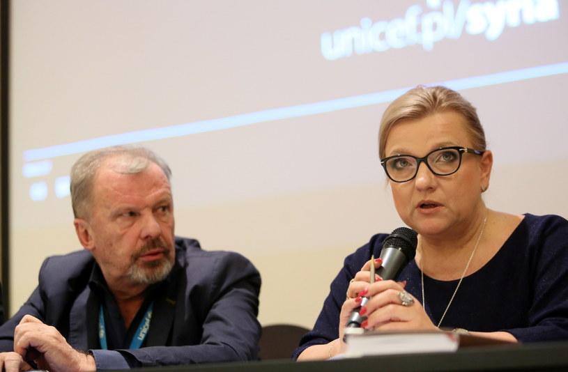 Minister Beata Kempa i dyrektor generalny UNICEF Polska Marek Krupiński podczas spotkania z polskimi dziennikarzami, przedstawicielami UNICEF, polskimi lekarzami w Ammanie / Leszek Szymański    /PAP