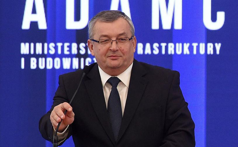 Minister infrastruktury i budownictwa Andrzej Adamczyk /Radek Pietruszka /PAP