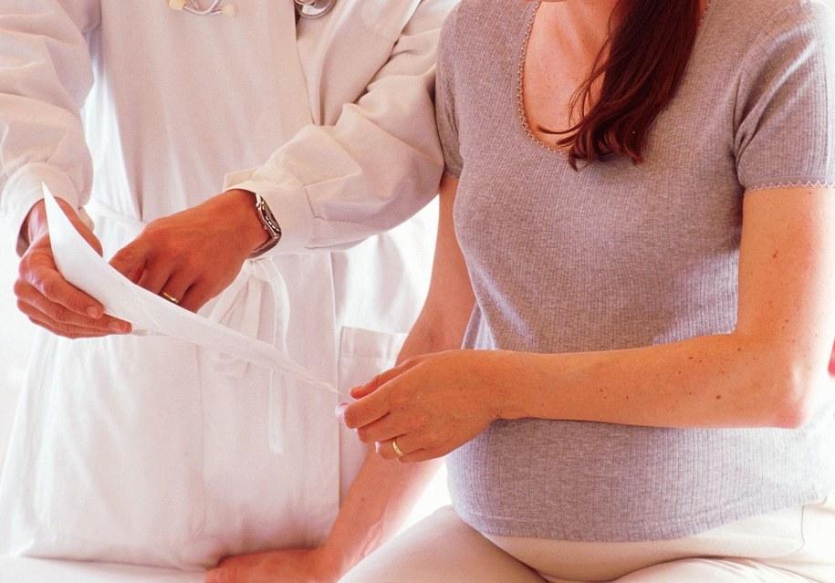 Minister zdrowia chce wyjaśnień ws. odmowy zabiegu aborcji. Zdjęcie ilustracyjne /ANTOINE    /PAP/EPA