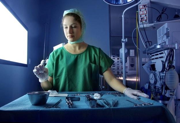 Ministerstwo Zdrowia planuje podwyższyć wynagrodzenia pracowników podmiotów leczniczych /Agencja TVN/CNN Newsource