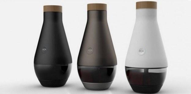 Miracle Machine - wodę z przyprawami zamienia w wino /materiały prasowe
