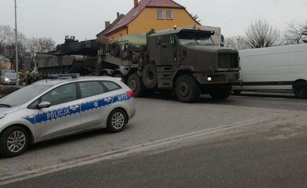 Mirosławiec: Wypadek z udziałem lawety wiozącej amerykański czołg