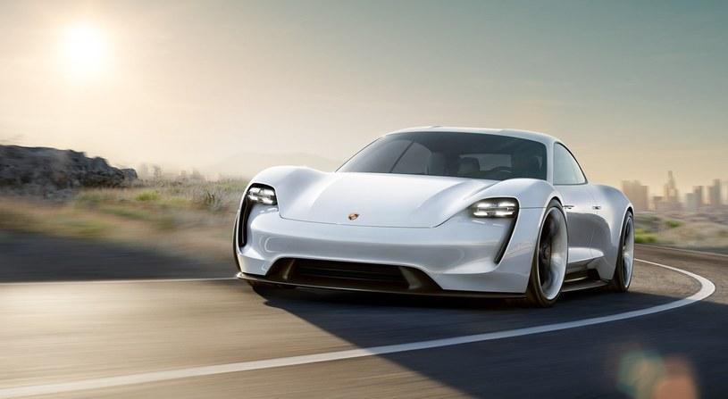 Mission E – pierwszy w pełni elektryczny pojazd Porsche /materiały prasowe