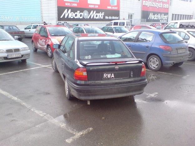 Mistrz parkowania i opel astra