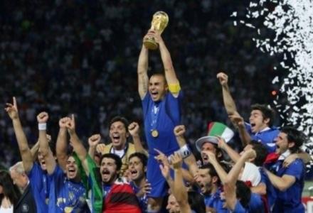 Mistrzowie świata - Włosi. Niestety, Polaków w 3D nie zobaczymy. Może to i lepiej... /AFP