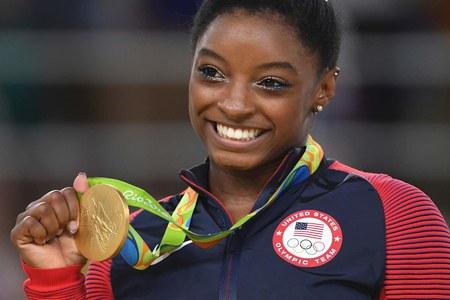 Mistrzyni olimpijska Simone Biles będzie tancerką